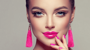 pink lips with neutral eyes
